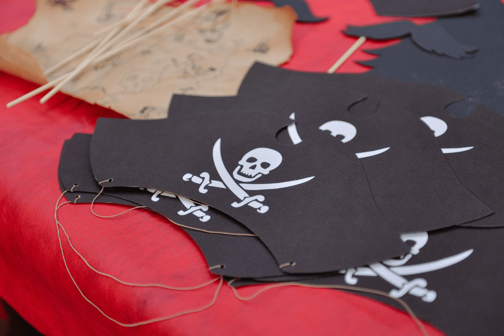 decorations for kids pirate party